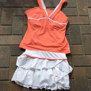 Nike DRI- FIT skirt size  s  top size L